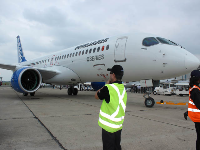 Air-Journal-CSeries 300 Bombardier-Bourget