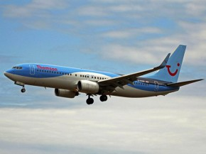 Air-journal-737-800 Thomson Airways