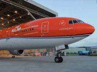 Air-journal-777 KLM orange