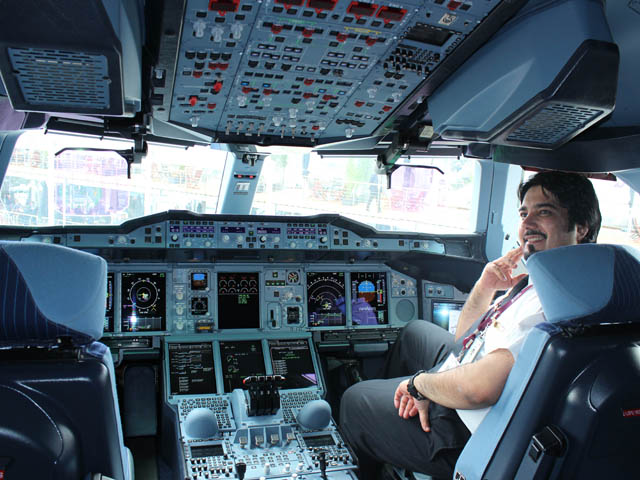 Air-journal-Cockpit A380_Qatar Airways-Bourget