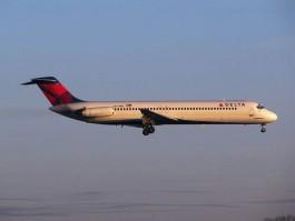 Air-journal-DC9_Delta Air Lines