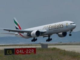 Air-journal-Emirates B777_Nice