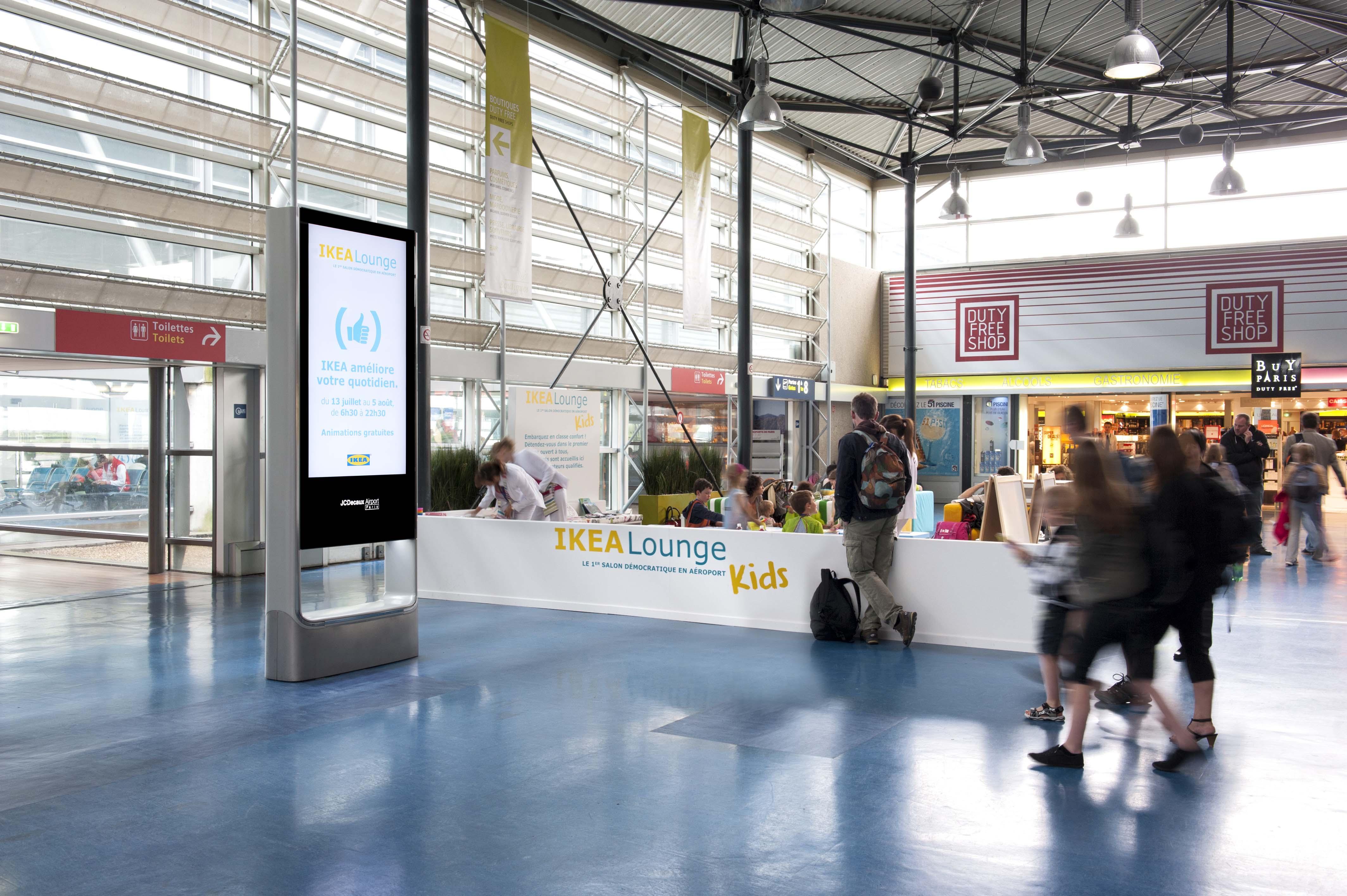 air journal ikea jcdecaux airport paris10 air journal. Black Bedroom Furniture Sets. Home Design Ideas