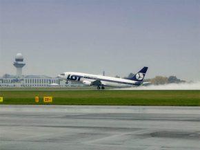 Air-journal-LOT Polish 737-400