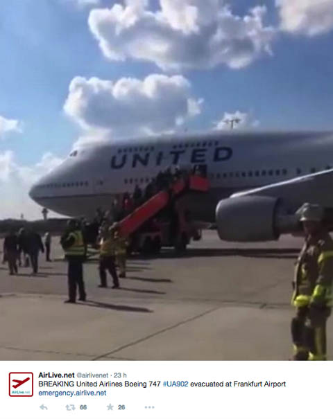Air-journal-United 747