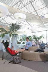 Air-journal-aeroport de Nice- passagers chinois