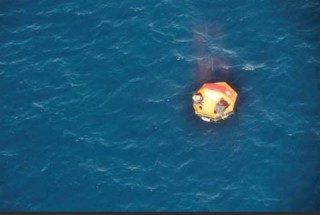 Air-journal-canot naufragé- Marine Nationale