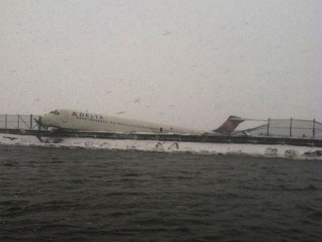 Air-journal-sortie de piste Delta_FDNY