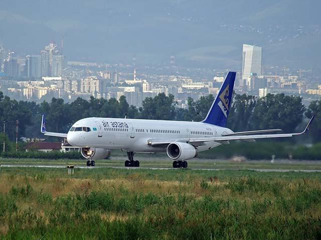Air-journal_Air Astana B757