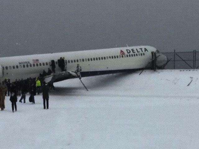 Air-journal_MD-88 Delta_sortie de piste_veeestchic Instagram