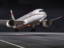 air-journal_Royal Air Maroc 787 takeoff nuit