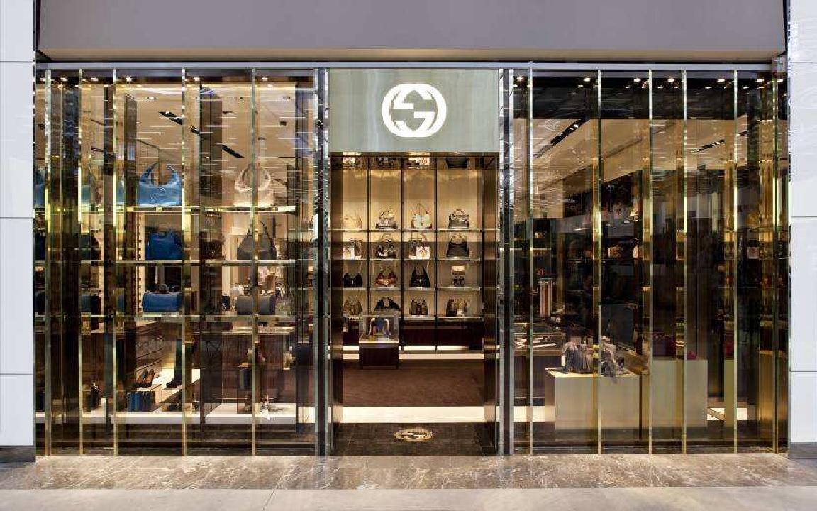 Gucci à Roissy-CDG, Rechargebox à Orly   Air Journal 81213bcf552