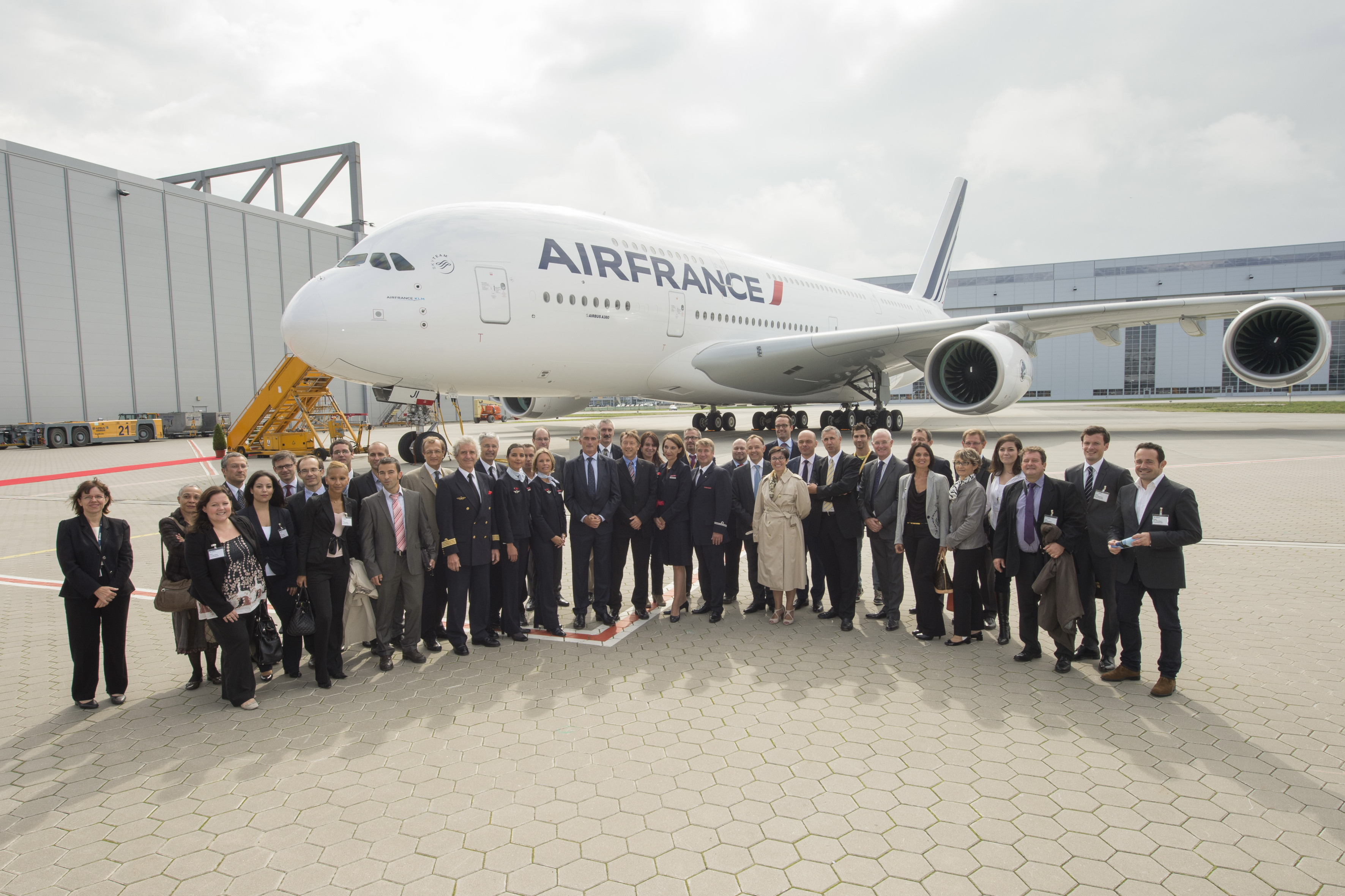 Un neuvi me airbus a380 pour air france air journal for A380 air france interieur