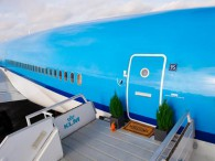 air-journal airbnb md-11 klm