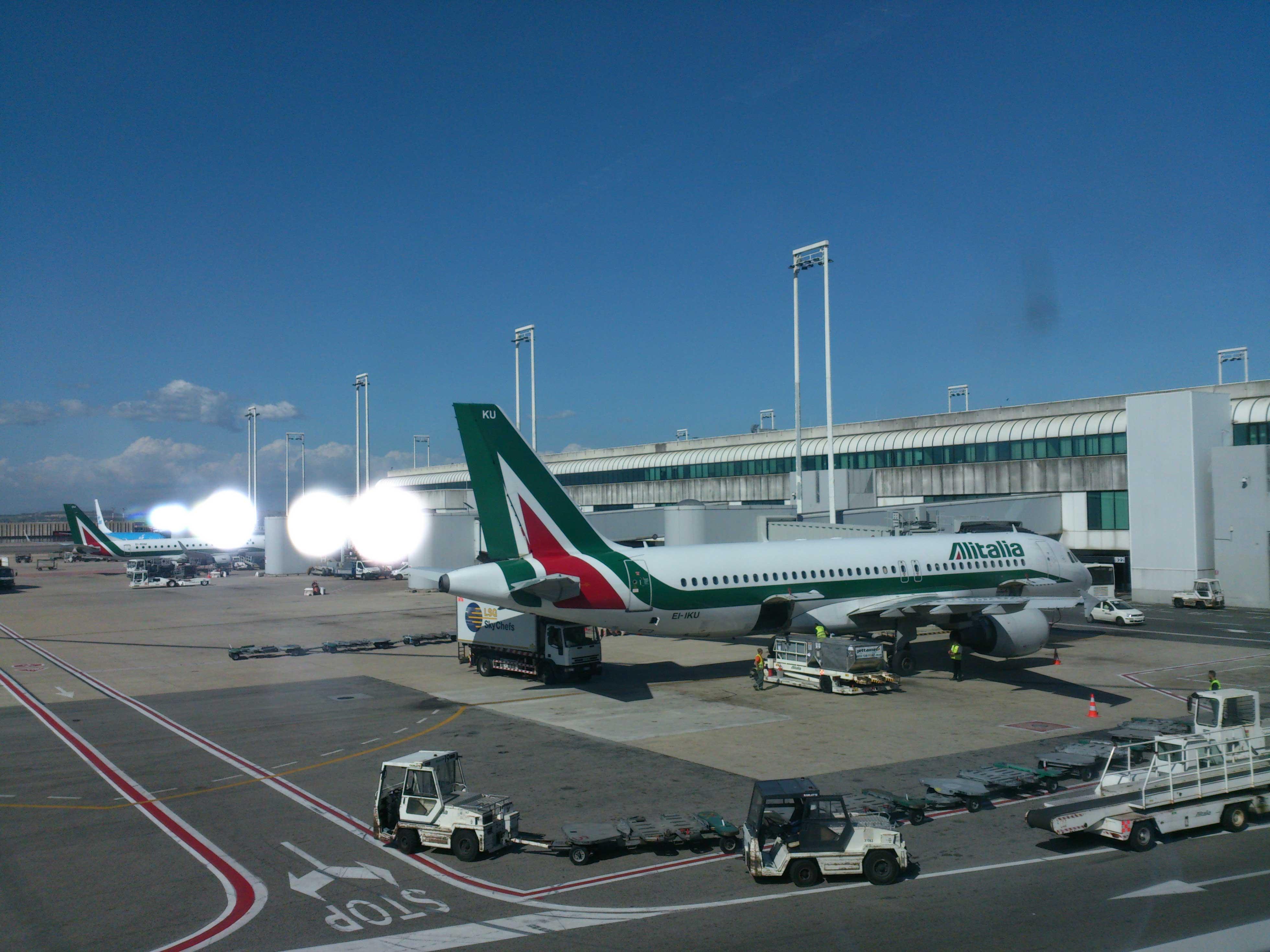 air-journal-alitalia-aeroport-rome-roma
