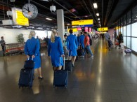 air-journal-amsterdam-aeroport-hotesses-KLM