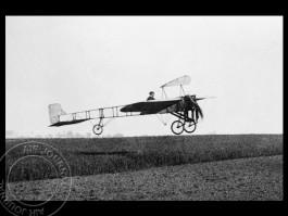 air-journal-bleriot-XI-pilote-louis-bleriot