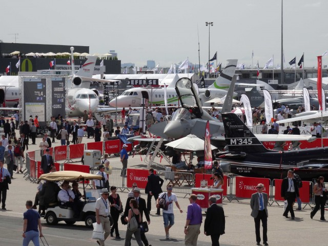 air-journal-bourget-2013-11