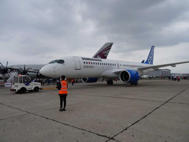air-journal-bourget-2015-bombardier-cs300-4