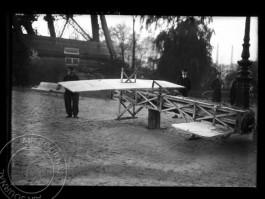 air-journal-essai-parachute-mayoux-tour-eiffel-1912