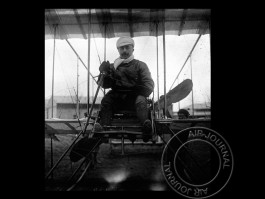 air-journal-mortimer-singer-aviateur