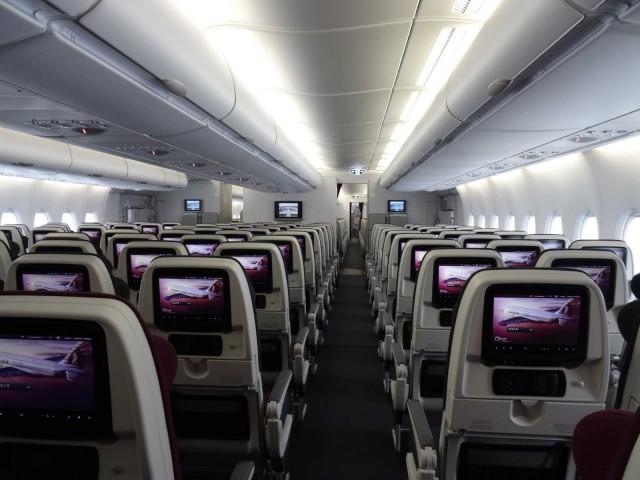 air-journal-qatar-a380-economique-2