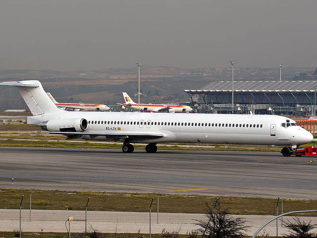 air-journal_AH5017 Swiftair_MD-83_EC-LTV@curimedia