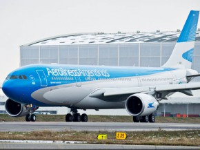 air-journal_Aerolineas Argentinas A330-200_TAXIING1