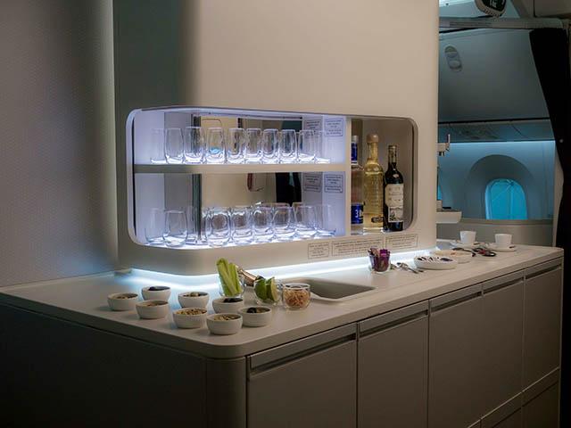 air-journal_aeromexico-787-9-quetzalcoatl-bar