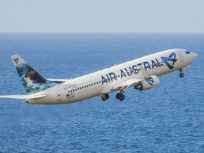 air-journal_Air Austral 737-800 new look