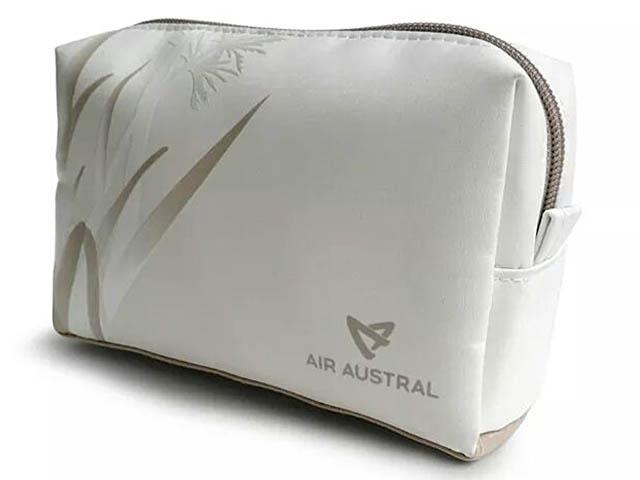 air-journal_air-austral-777-300er-new-premium-1