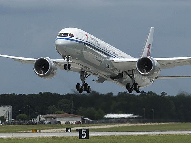 air-journal_Air-China-1st-787-9.