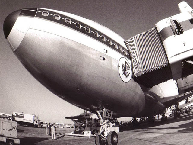 air-journal_Air France 747 Toronto 1976