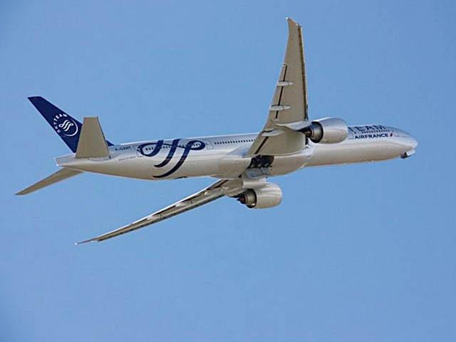 air-journal_Air France 777-300ER 69e Skyteam 2