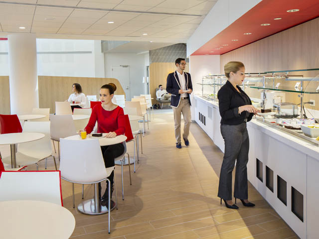 Air france ouvre son nouveau salon jfk les br ves a ro for Salon air france terminal 2e