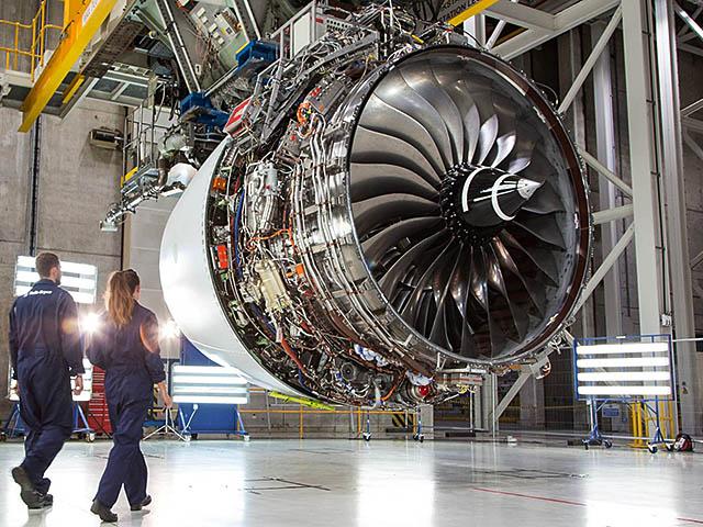 air-journal_Airbus A350-1000 Rolls Royce Trent XWB-97