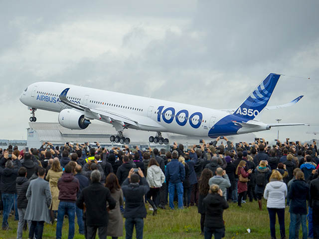 air-journal_Airbus-A350-1000_First_Flight_take_off-019