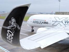 air-journal_Airbus A350_MSN2_PAINTHALL-6