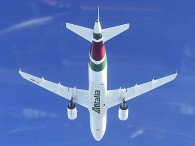 air-journal_Alitalia A319 new vol (2)