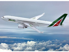 air-journal_Alitalia A330-200 new look