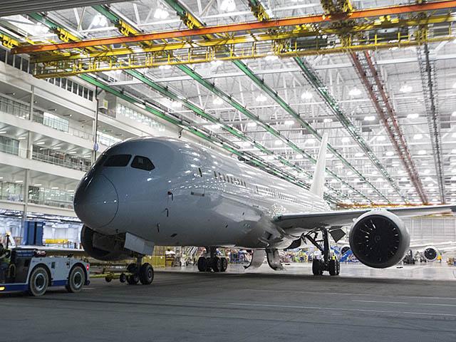 air-journal_Boeing 100e Dreamliner 787-8 usine