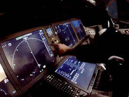 air-journal_Boeing 777X touchscreen