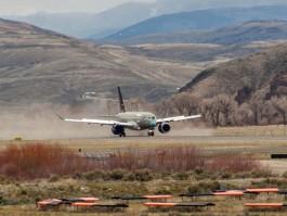 air-journal_Bombardier_CS100 FTV2_Colorado2