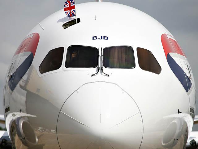 air-journal_British Airways 787 face