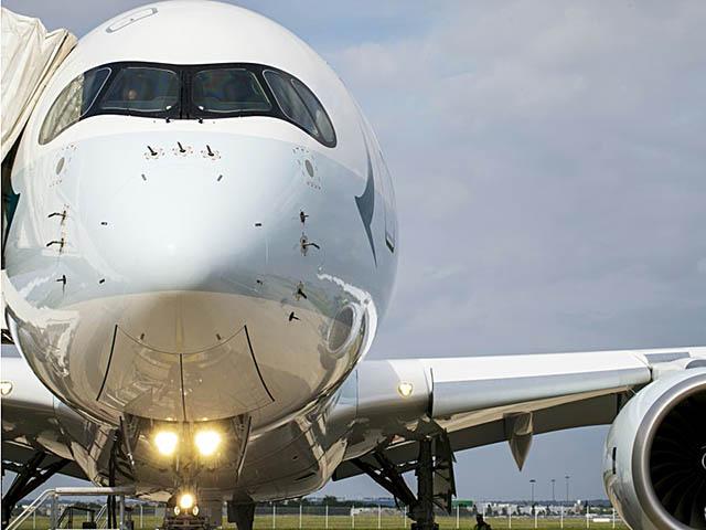 air-journal_Cathay Pacific A350-900 closeup