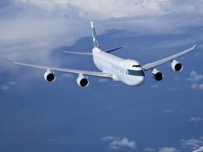 air-journal_Cathay-Pacific_747-8F