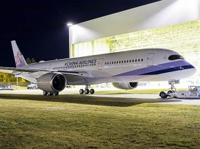 air-journal_China-Airlines-A350-900_MSN049_rollout_1