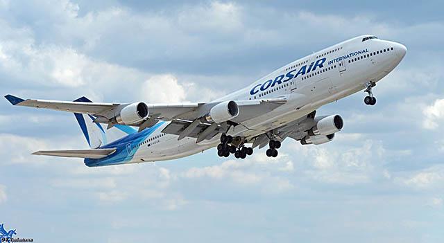 air-journal_corsair-747-takeoff
