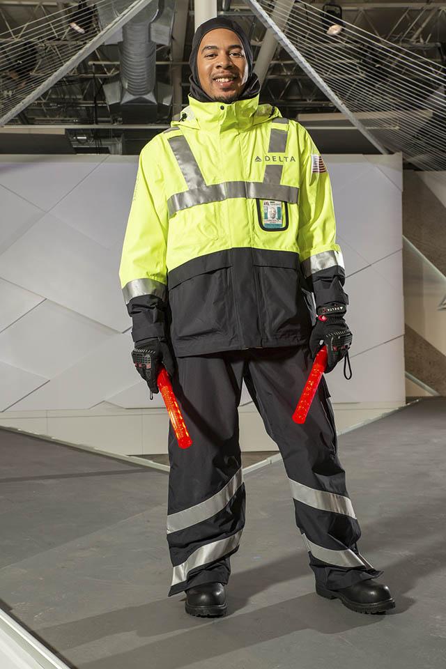 air-journal_delta-uniformes-2016-techops-ground-support-maintenance