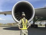 air-journal_EVA Air femme maintenance sol